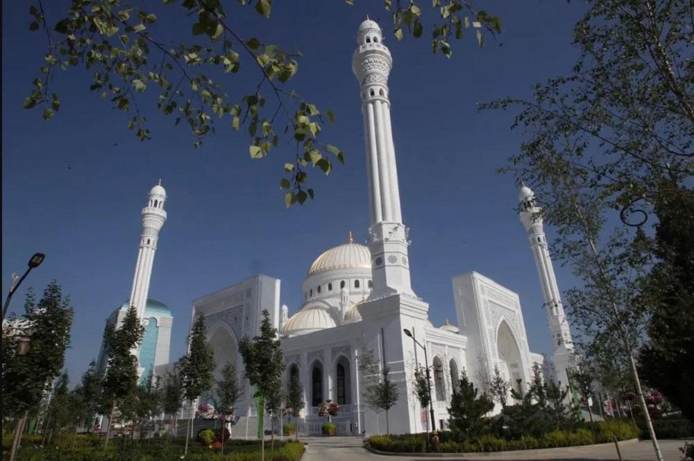 সবচেয়ে বড় মসজিদ উদ্বোধন হলো রাশিয়ায়