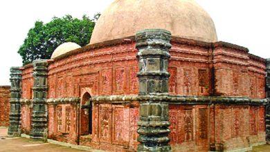 ৫০০ বছর আগের ঐতিহ্যবাহী সুরা মসজিদ