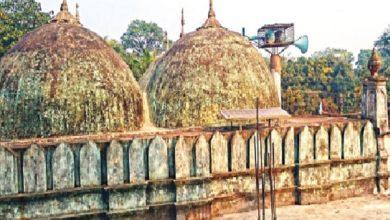 ৭০০ বছরের প্রাচীন মহজমপুর শাহী মসজিদ